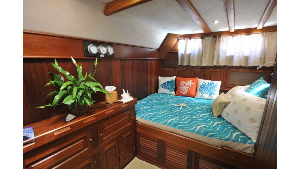 schooner for sale (14)