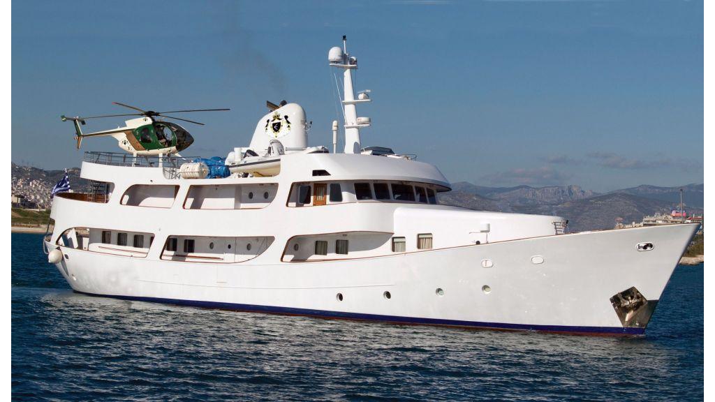 Classic-Style Motor-Yacht