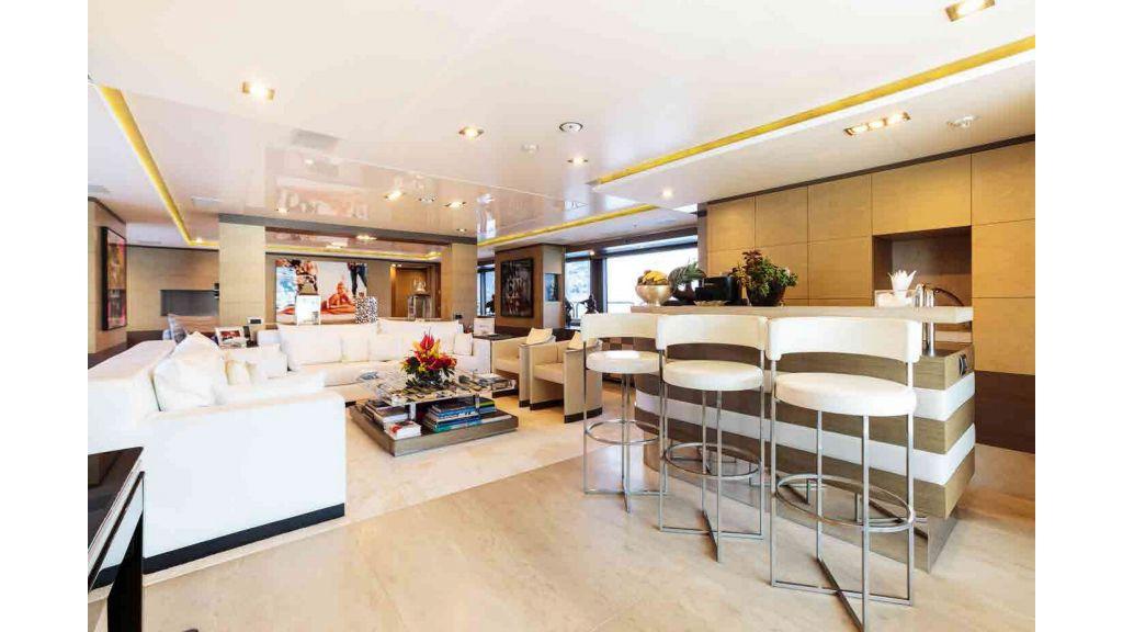 Benetti Motor Yacht