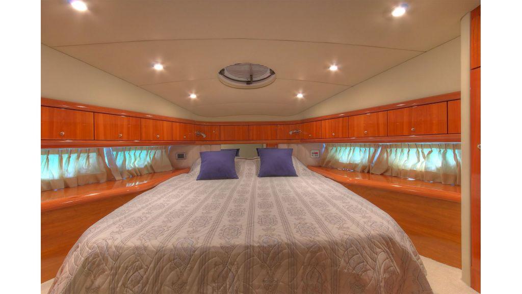 Sunseeker 56 diamond motoyacht (17)