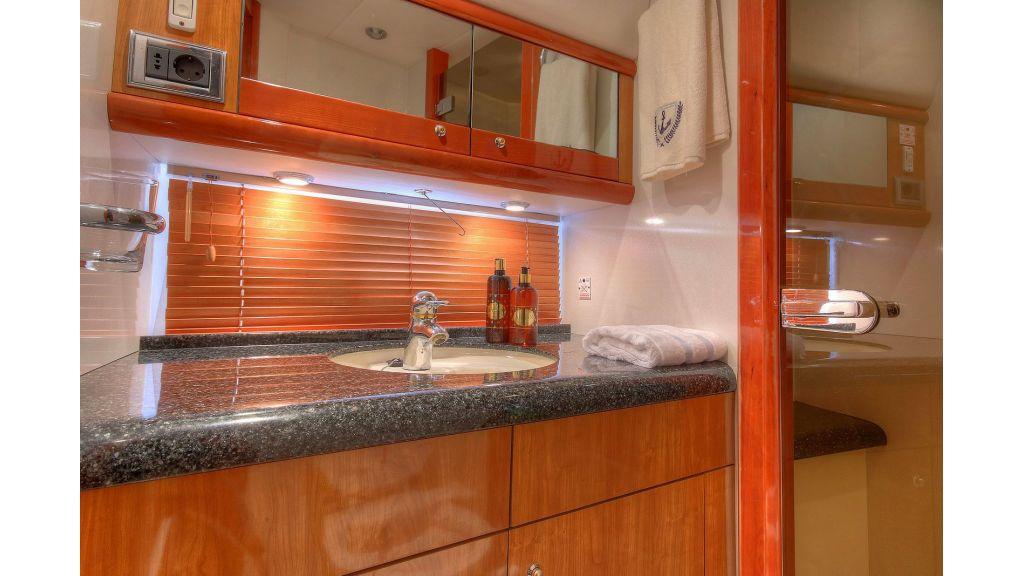 Sunseeker 56 diamond motoyacht (21)