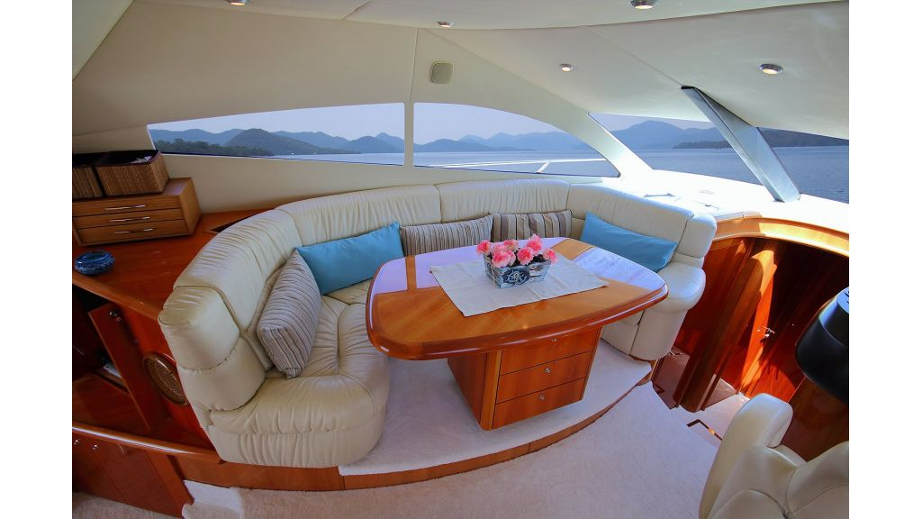 Sunseeker 56 diamond motoyacht (31)