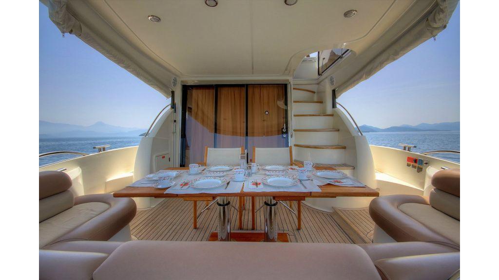 Sunseeker 56 diamond motoyacht (9)