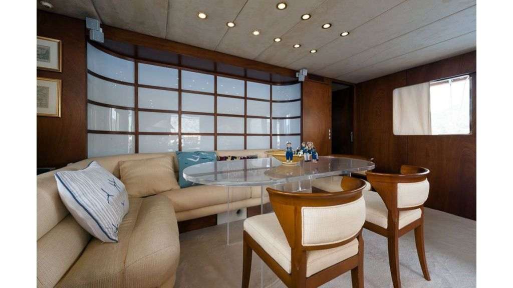 1984 Classic Motoryacht For Sale (10)