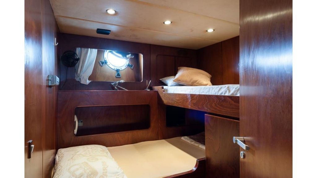 1984 Classic Motoryacht For Sale (16)