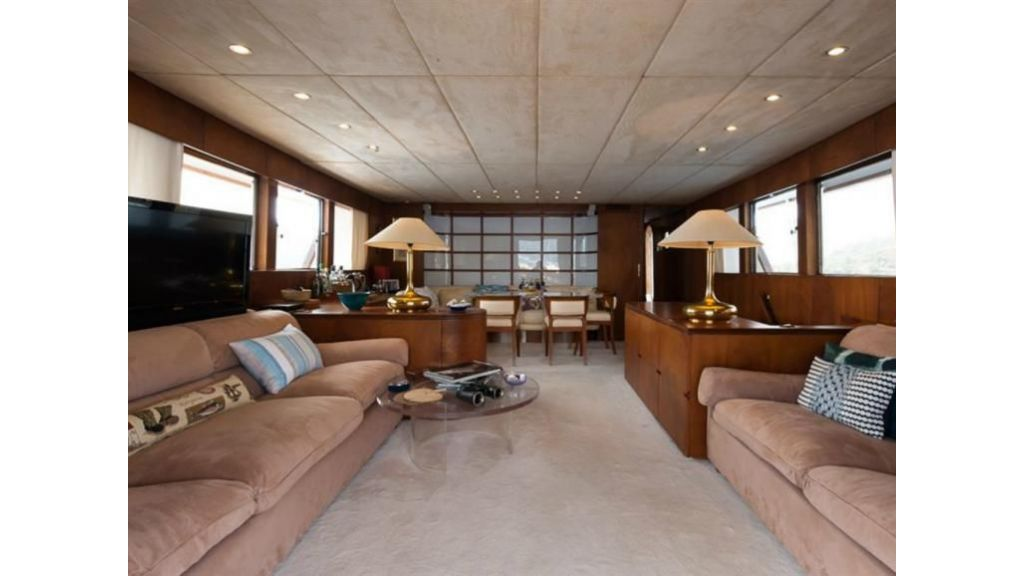1984 Classic Motoryacht For Sale (21)