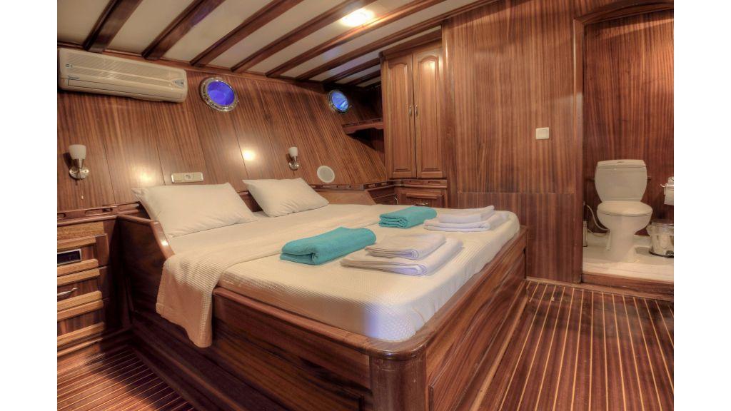 Aleyna 3  charter gulet (46)