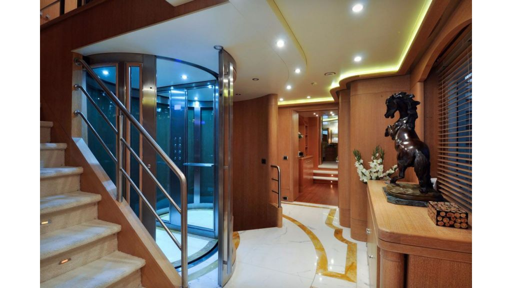 Benetti 44 m For Sale (11)
