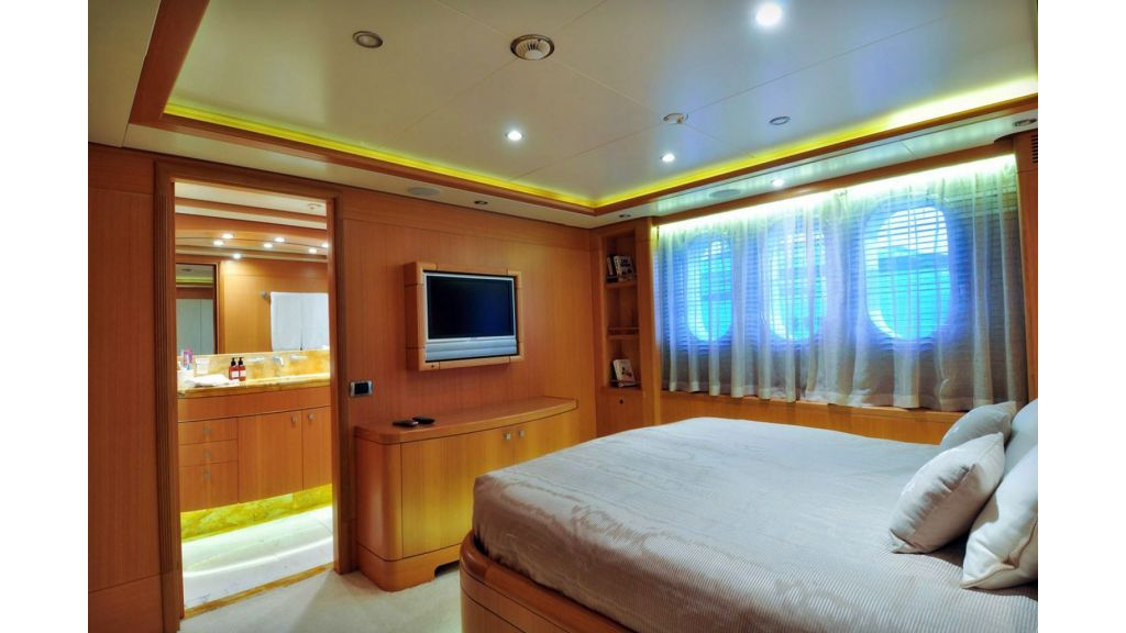 Benetti 44 m For Sale (18)