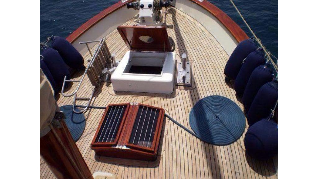 Classic Motor Sailor (15)