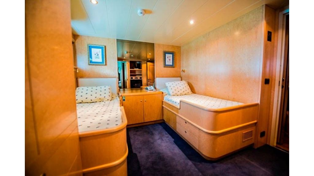 Motor Yacht Aktobe (29)