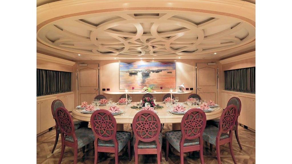 Motor Yacht Aktobe Dining Room