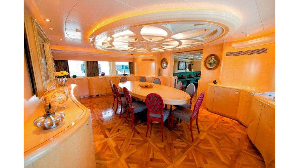 Motor Yacht Aktobe Dinning Room