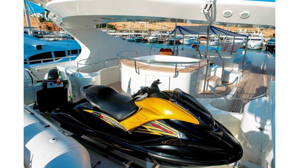 Motor Yacht Aktobe Sea Toys
