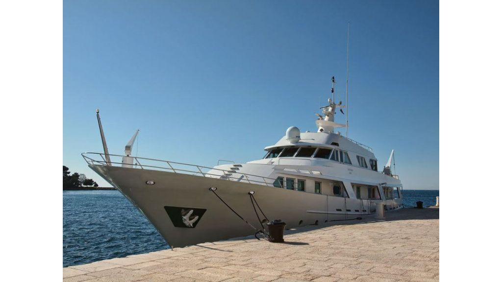 Motor Yacht Intuition Lady (21)