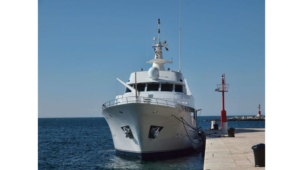 Motor Yacht Intuition Lady (22)