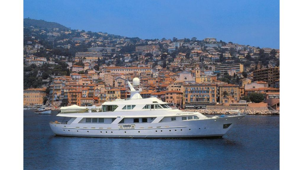 Motor Yacht Intuition Lady (23)