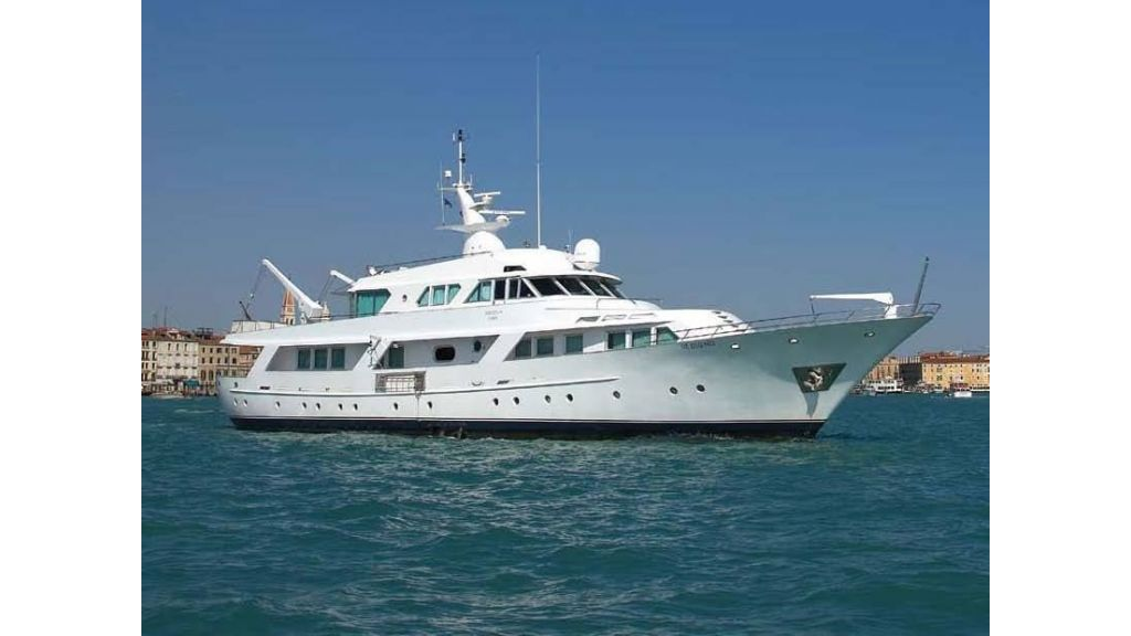 Motor Yacht Intuition Lady (29)