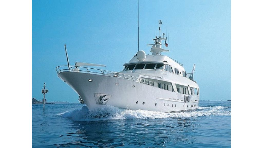 Motor Yacht Intuition Lady (35)