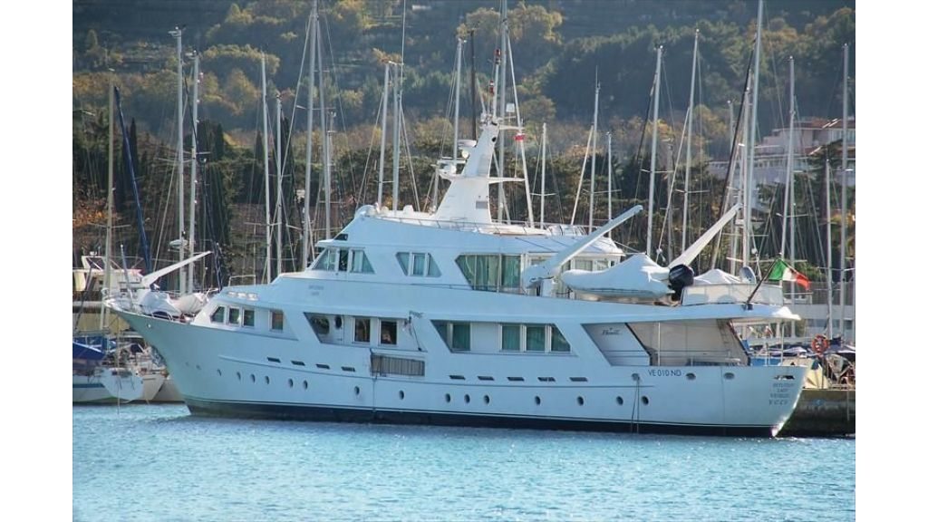 Motor Yacht Intuition Lady (37)