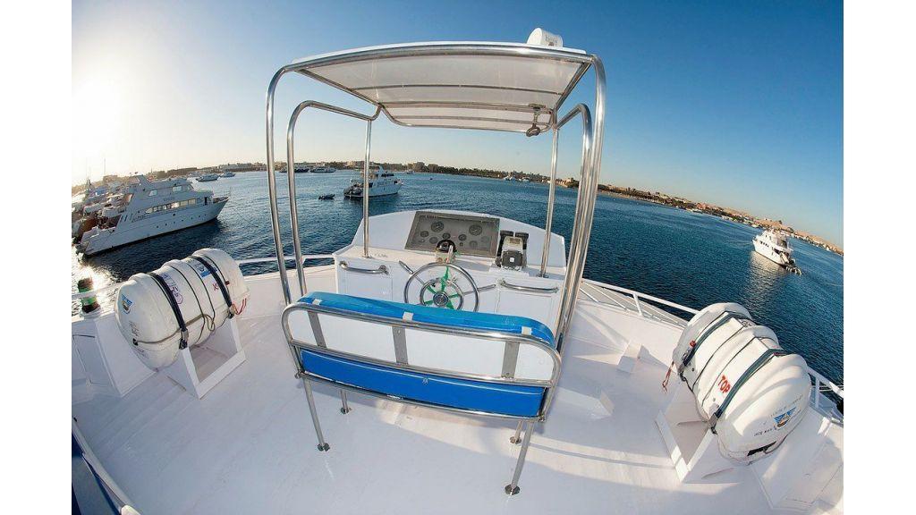 MY Star Jet Steel Diving Boat (4)