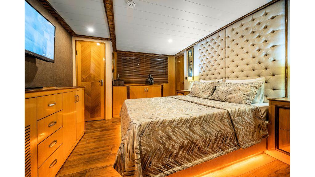 Simay S - Guest Room 1 (1)