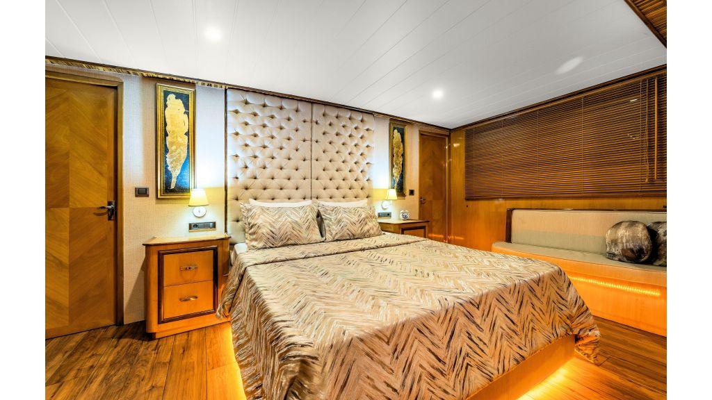 Simay S - Guest Room 1 (2)