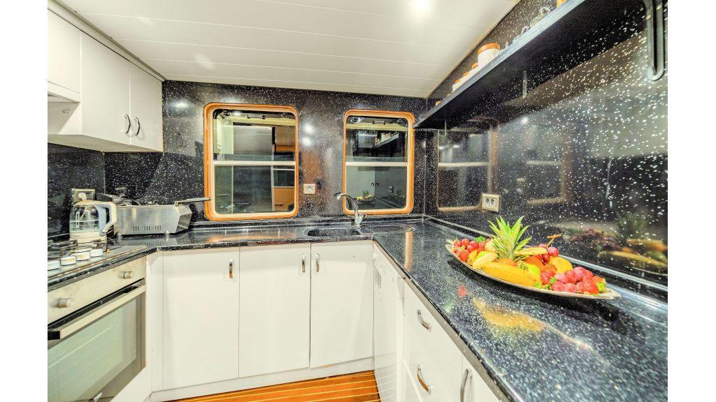 Simay S - Kitchen (4)