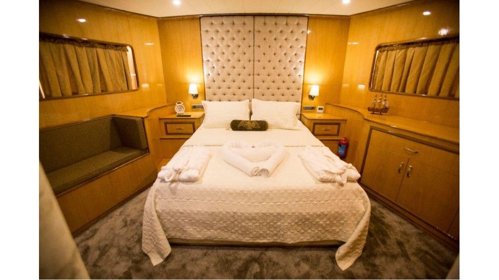 Simay s Trawlewr Motor yacht (13)