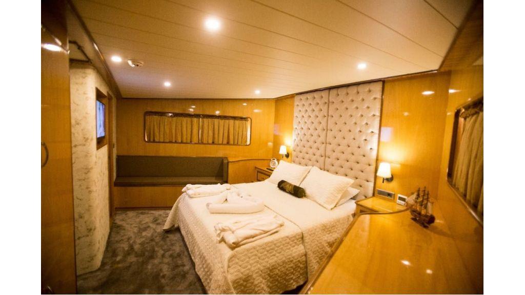 Simay s Trawlewr Motor yacht (4)