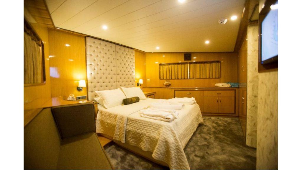 Simay s Trawlewr Motor yacht (6)