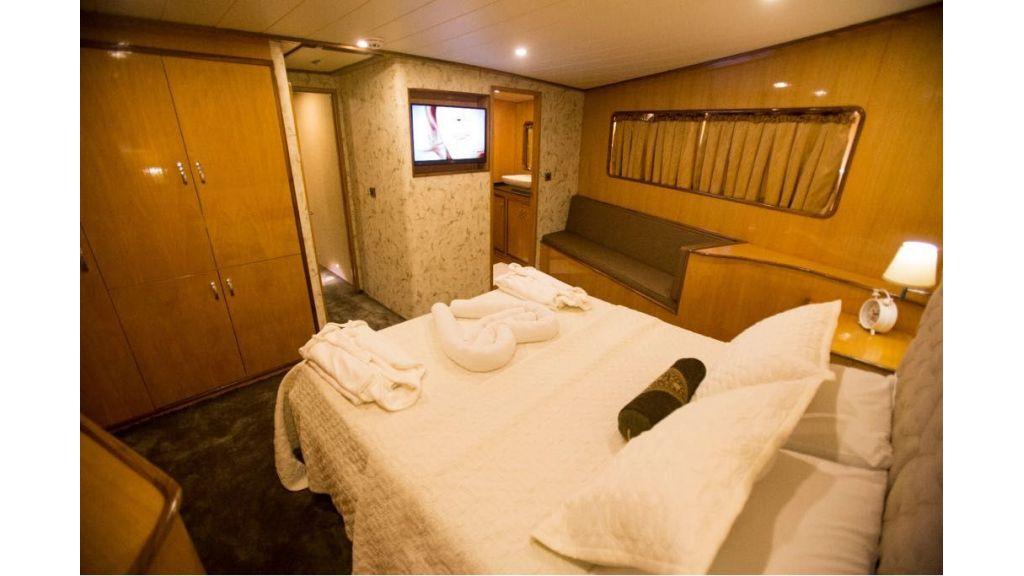 Simay s Trawlewr Motor yacht (7)