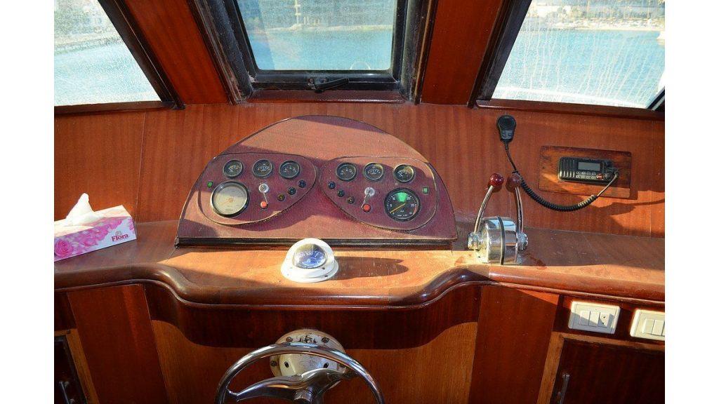 Wooden Diving Boat (44)