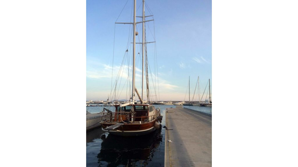 19 m Gulet for sale (4)