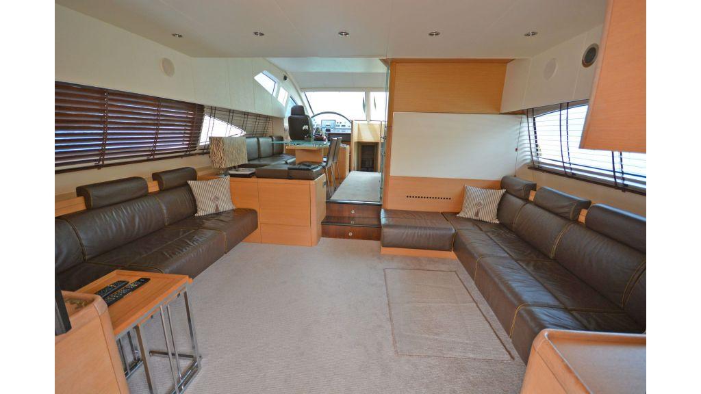 Aicon 64 Charter Motoryacht (2)