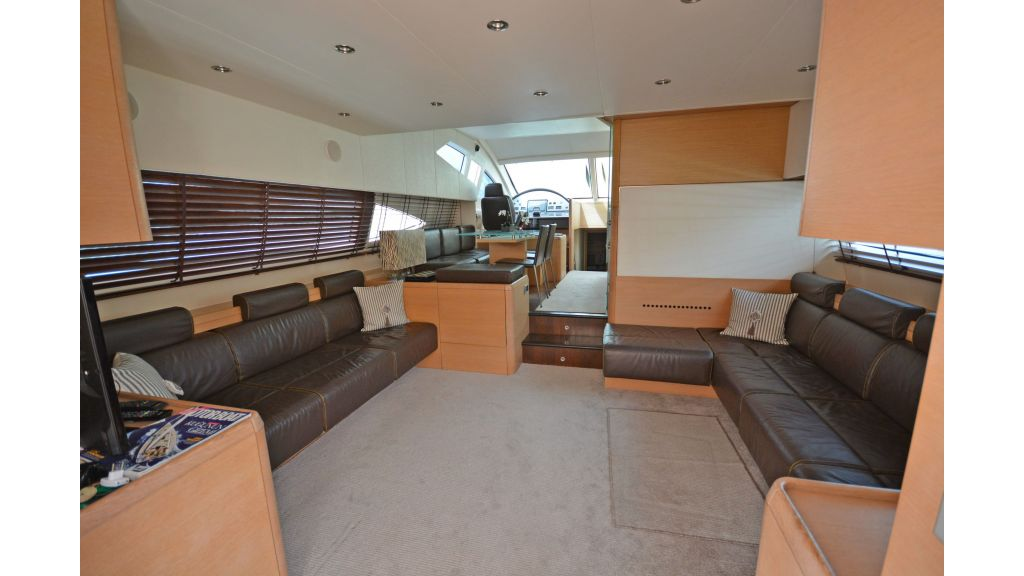 Aicon 64 Charter Motoryacht (3)