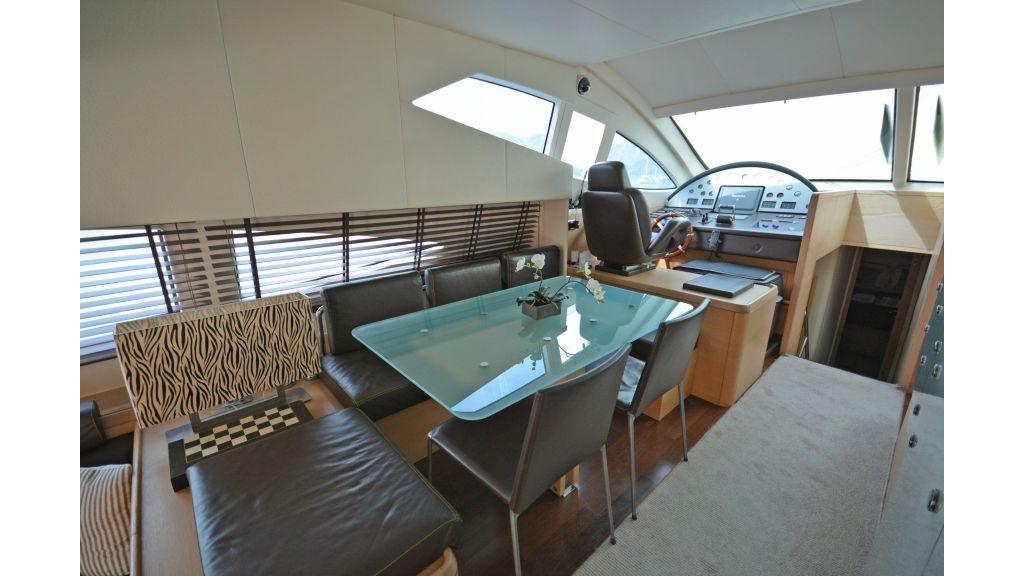 Aicon 64 Charter Motoryacht master..