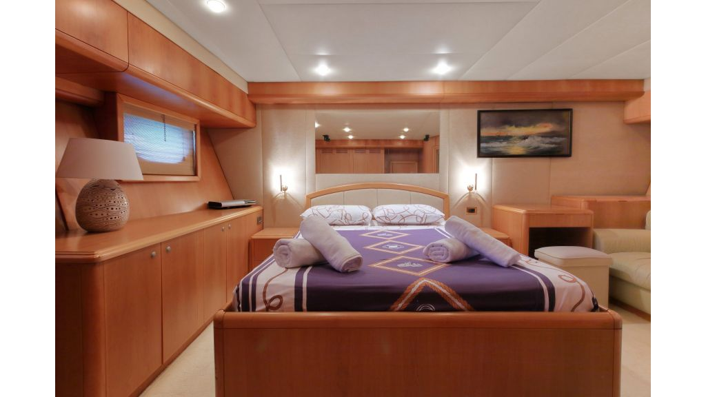Luxury Motoryacht (11)