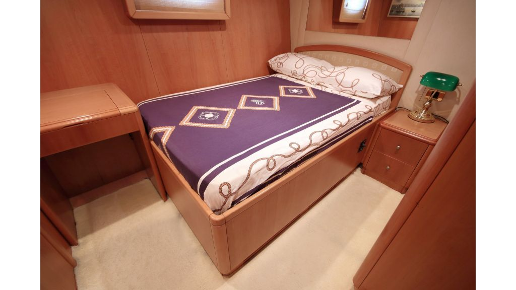 Luxury Motoryacht (18)