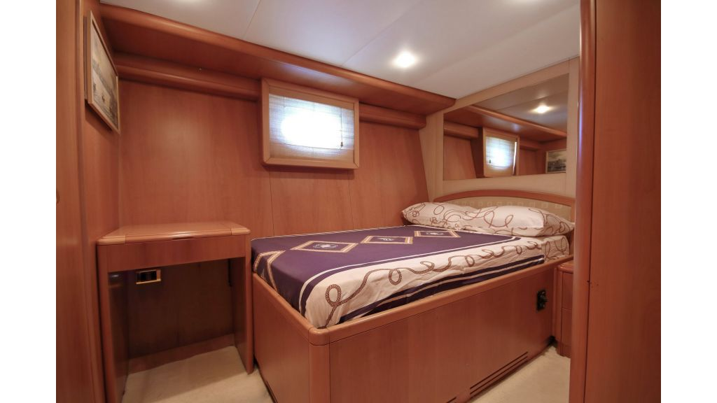Luxury Motoryacht (20)