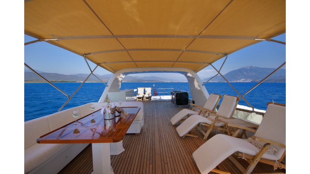 Luxury Motoryacht (38)
