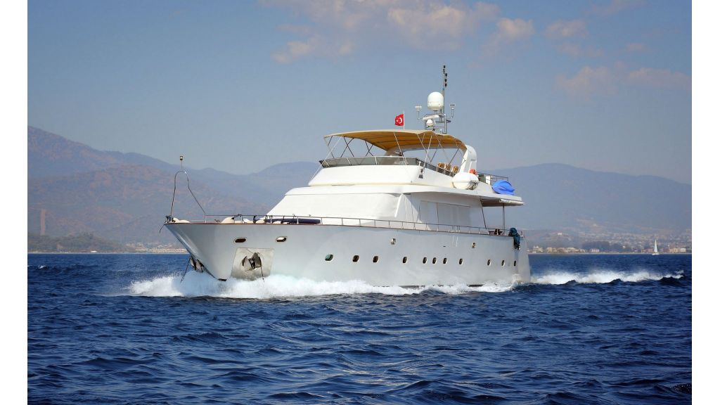 Luxury Motoryacht (5)