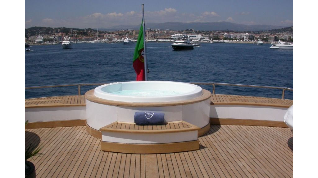 Motor Yacht Costa Magna (16)