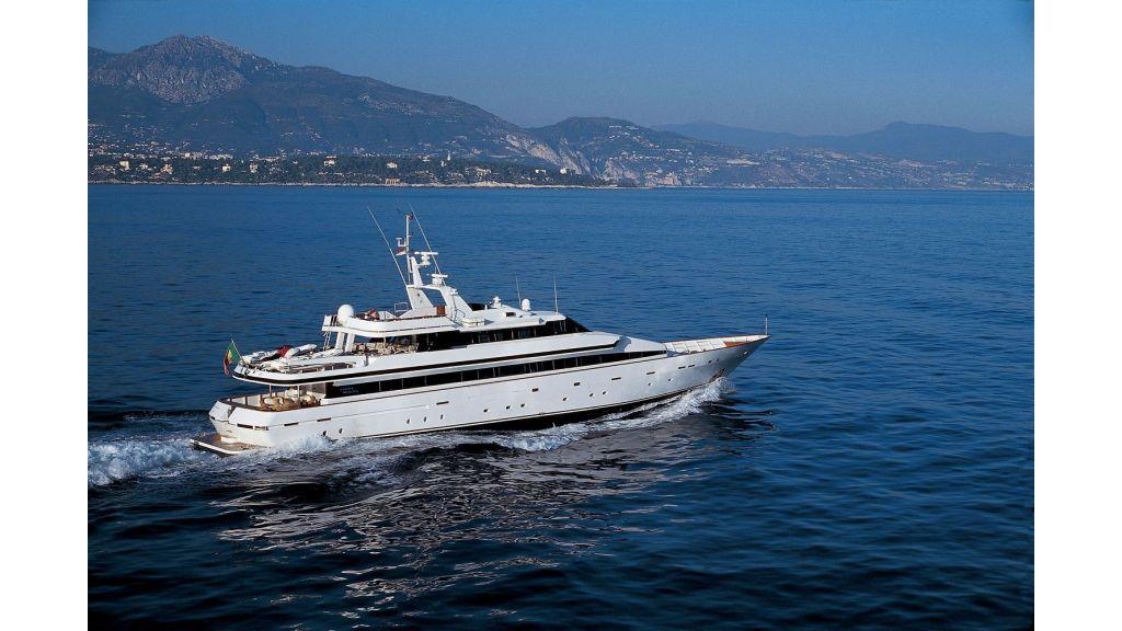 Motor Yacht Costa Magna (6)