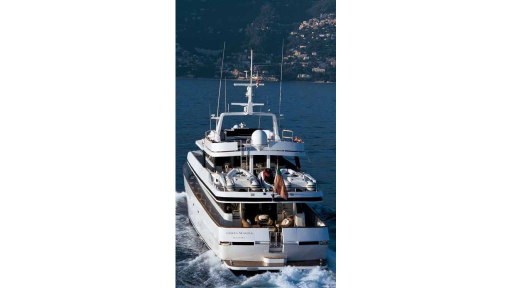 Motor Yacht Costa Magna (8)
