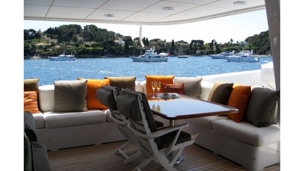 Motor Yacht Costa Magna (9)