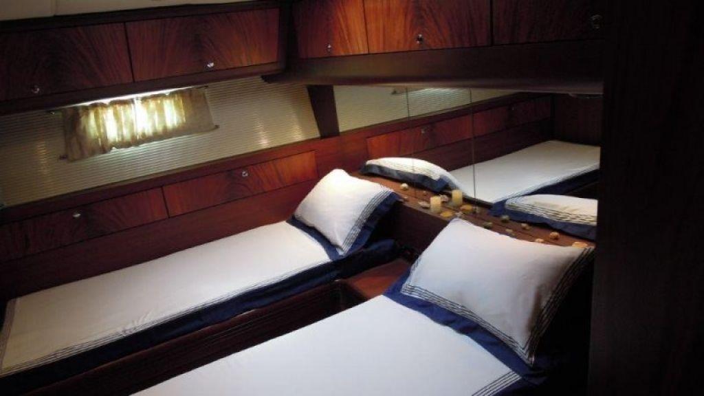 Sailing Yacht Rosinante (17)