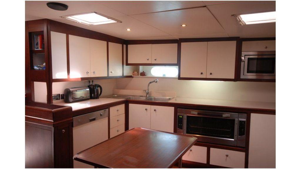 Sailing Yacht Rosinante (38)