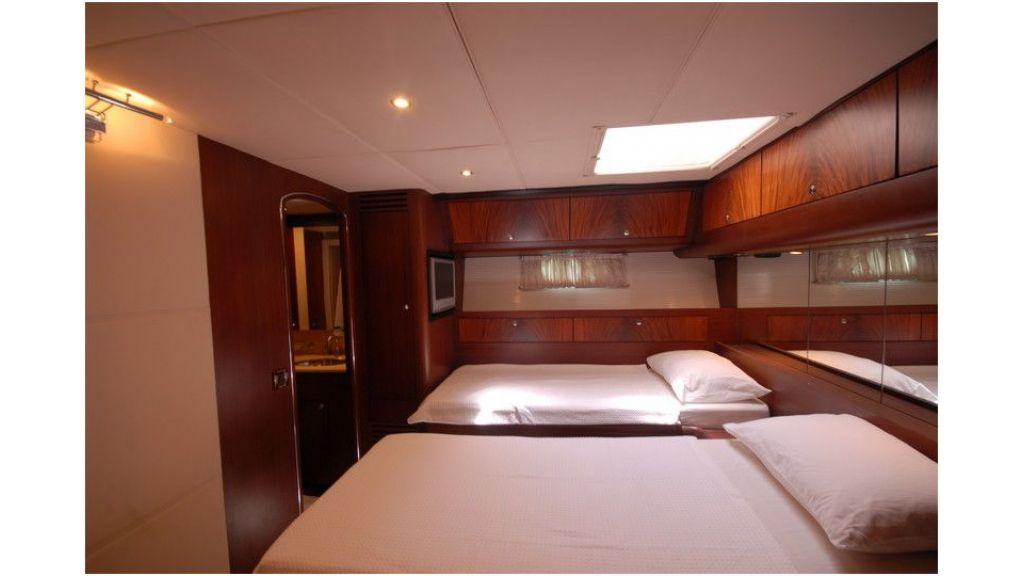 Sailing Yacht Rosinante (51)