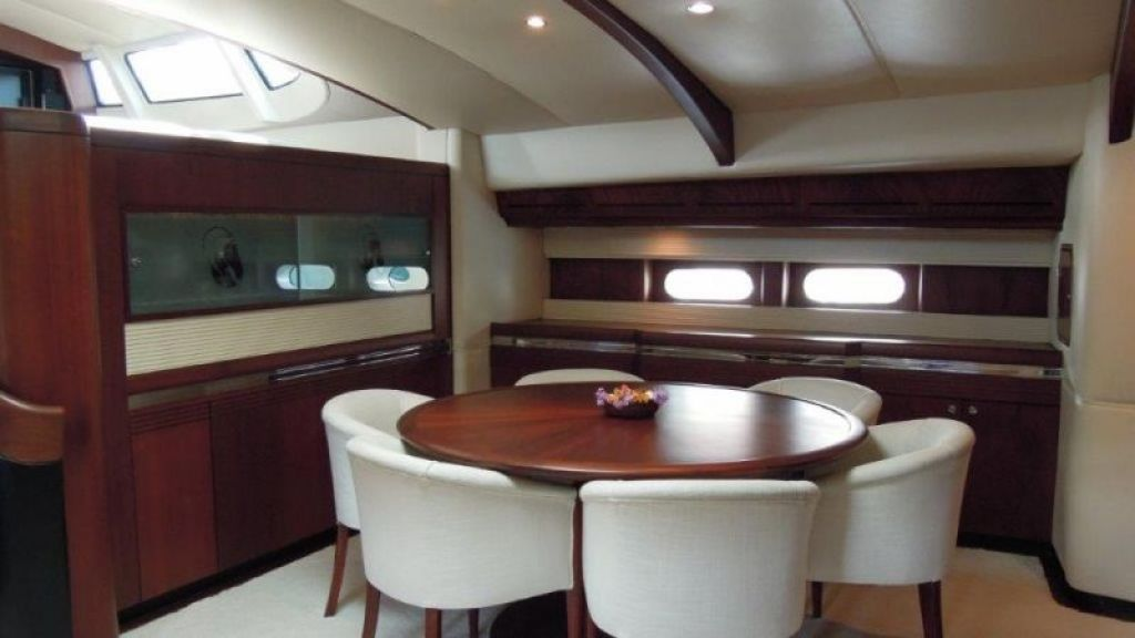 Sailing Yacht Rosinante (7)